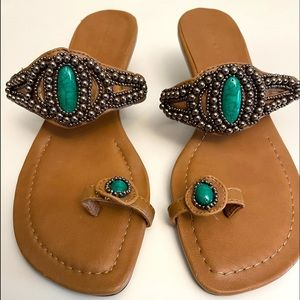 Ann Marino Thong Sandals/ heels - 8M